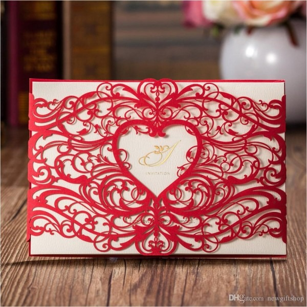 Fashion Laser Cut Red Gold Hollow Heart Design Wedding Invitation