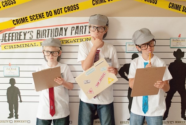 Detective Party