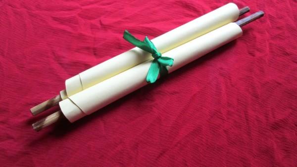 Create A Pretty Rolled Invitation Card