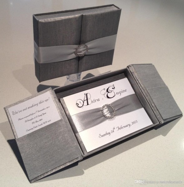 Royal Silver Silk Box Wedding Invitation Gate Fold Satin Box With