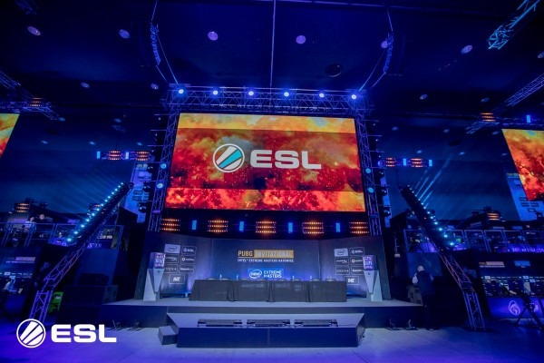 Esl Pubg On Twitter   Show Us How You're Watching The