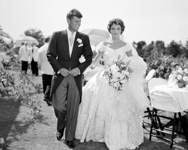 Jackie Kennedy And John F  Kennedy's Wedding Album Photos