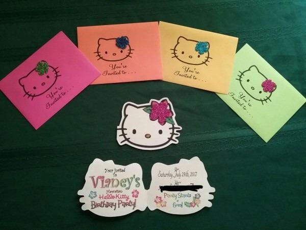 Hawaiian Hello Kitty Invitations