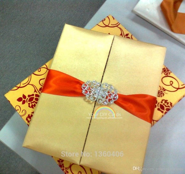 Golden Color Luxury Gate Fold Silk Invitation Box Satin Box