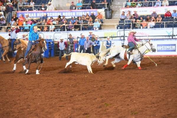 Rodeo  Jarett Freeman And Logan Moore Advance To Thsra Final