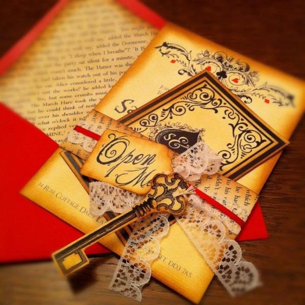 50 Printed Alice In Wonderland Inspired Wedding Invitations