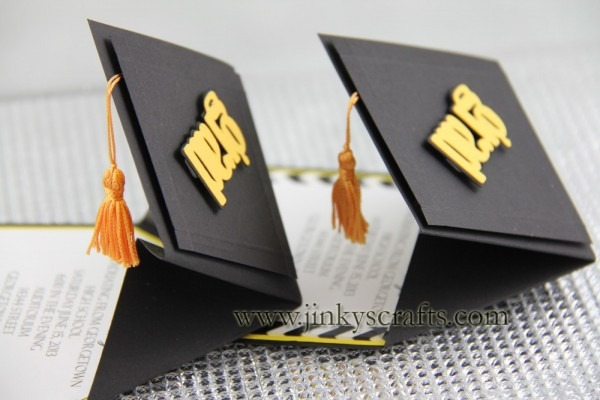3d Graduation Cap Pop